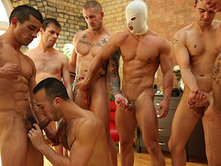 gay muscle men orgy Have Dario bodybuilder porno star & 2 gay slim ...: entpoker.com/gay-muscle-men-orgy.html