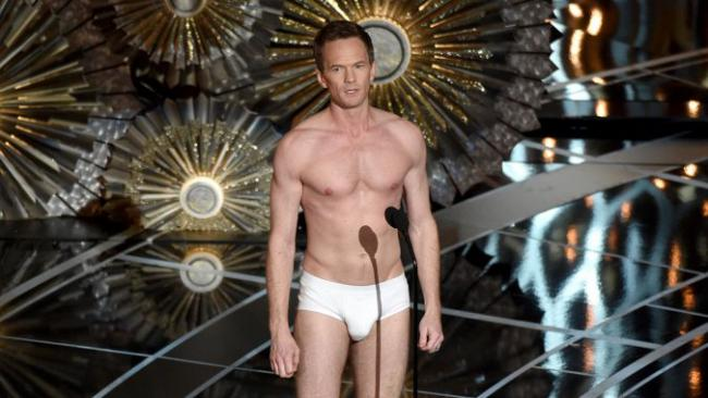 DID NEIL PATRICK HARRIS STUFF HIS TIGHTY- WHITIES FOR THE OSCARS?