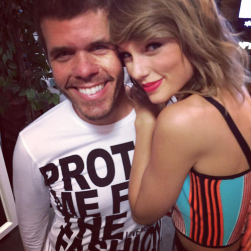WHY PEREZ HILTON IS NOT PLEASED WITH TAYLOR SWIFT RIGHT NOW