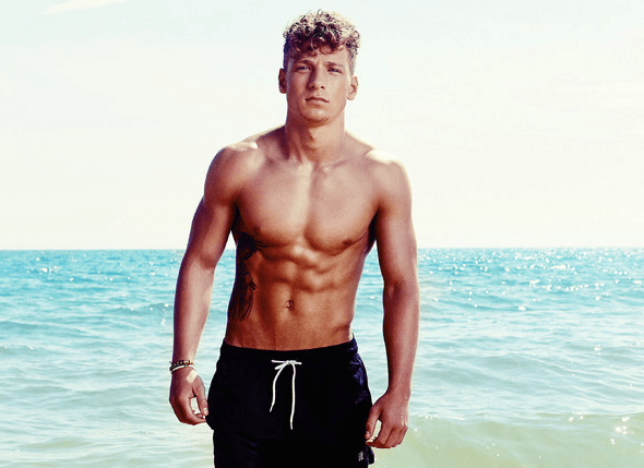 You wont believe which Ex On The Beach star is now doing