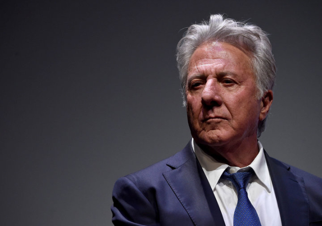 DUSTIN HOFFMAN PULLS AN 'AMERICA BEAUTY' WITH SHOWING HIS PENIS TO HIS DAUGHTER'S FRIEND AND THAT'S NOT ALL HIS DONE