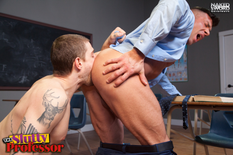 The slutty professor-naked sword-justin brody-bruce beckham- the gay republic 4