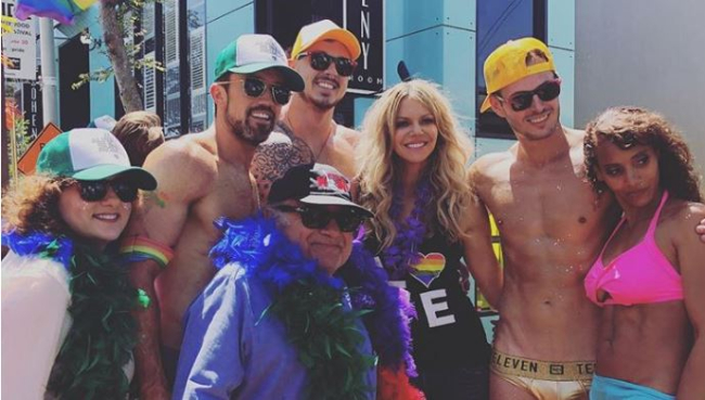 DANNY DEVITO AT LA PRIDE JUST BECAME A NEW GAY ICON